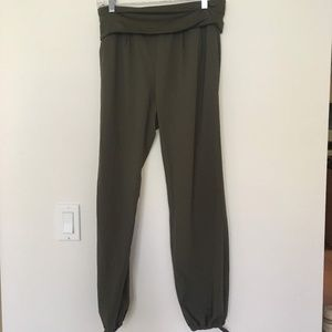 Lightweight Stretchy Joggers